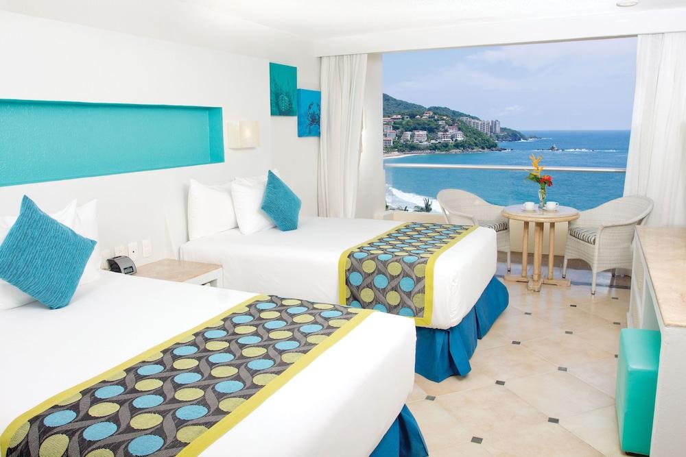 선스케이프 도라도 파시피코 익스타파 리조트 앤드 스파 올 인클루시브(Sunscape Dorado Pacifico Ixtapa Resort & Spa All Inclusive) Hotel Image 4 - Guestroom