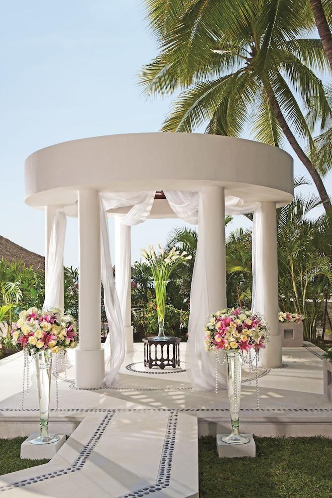 선스케이프 도라도 파시피코 익스타파 리조트 앤드 스파 올 인클루시브(Sunscape Dorado Pacifico Ixtapa Resort & Spa All Inclusive) Hotel Image 43 - Gazebo