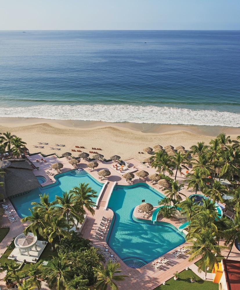 선스케이프 도라도 파시피코 익스타파 리조트 앤드 스파 올 인클루시브(Sunscape Dorado Pacifico Ixtapa Resort & Spa All Inclusive) Hotel Image 50 - Aerial View