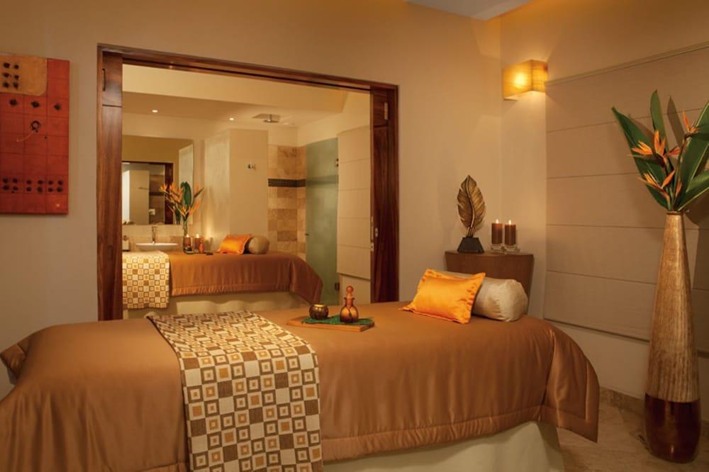 선스케이프 도라도 파시피코 익스타파 리조트 앤드 스파 올 인클루시브(Sunscape Dorado Pacifico Ixtapa Resort & Spa All Inclusive) Hotel Image 20 - Treatment Room