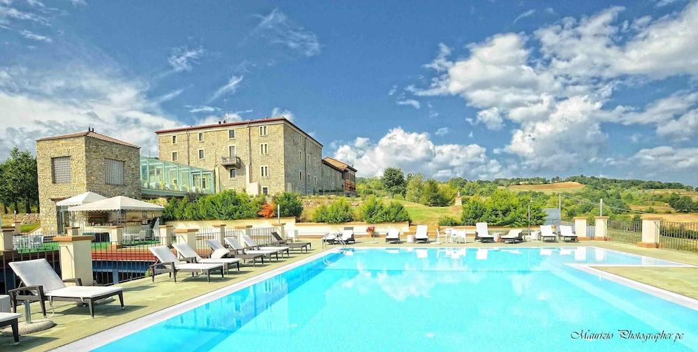 를레 콜롬바라 스파 & 웰니스(Relais Colombara Spa & Wellness) Hotel Image 43 - Outdoor Pool