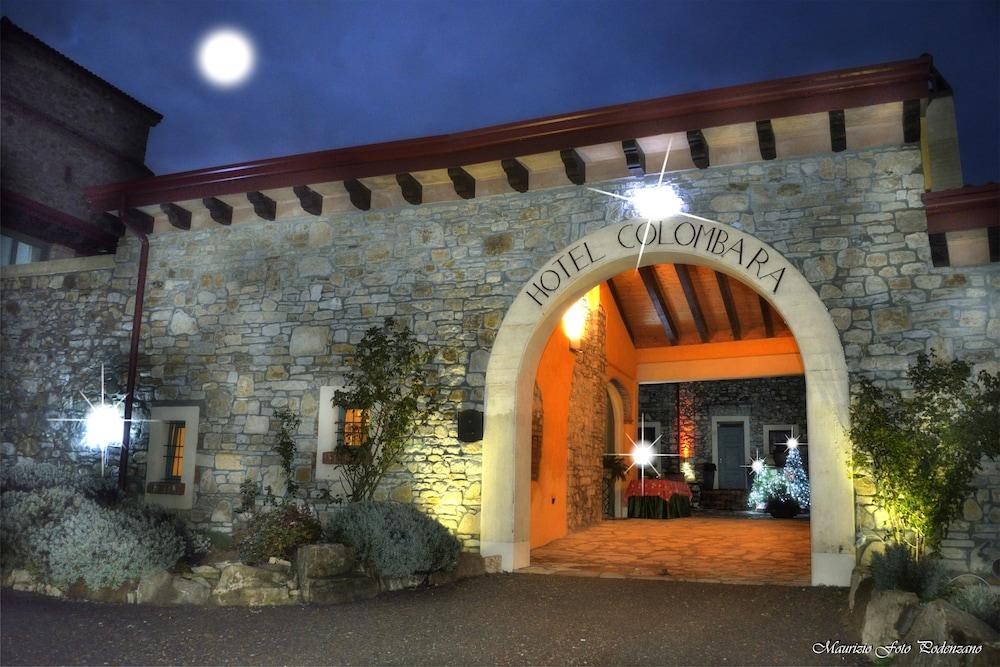 를레 콜롬바라 스파 & 웰니스(Relais Colombara Spa & Wellness) Hotel Image 107 - Hotel Entrance