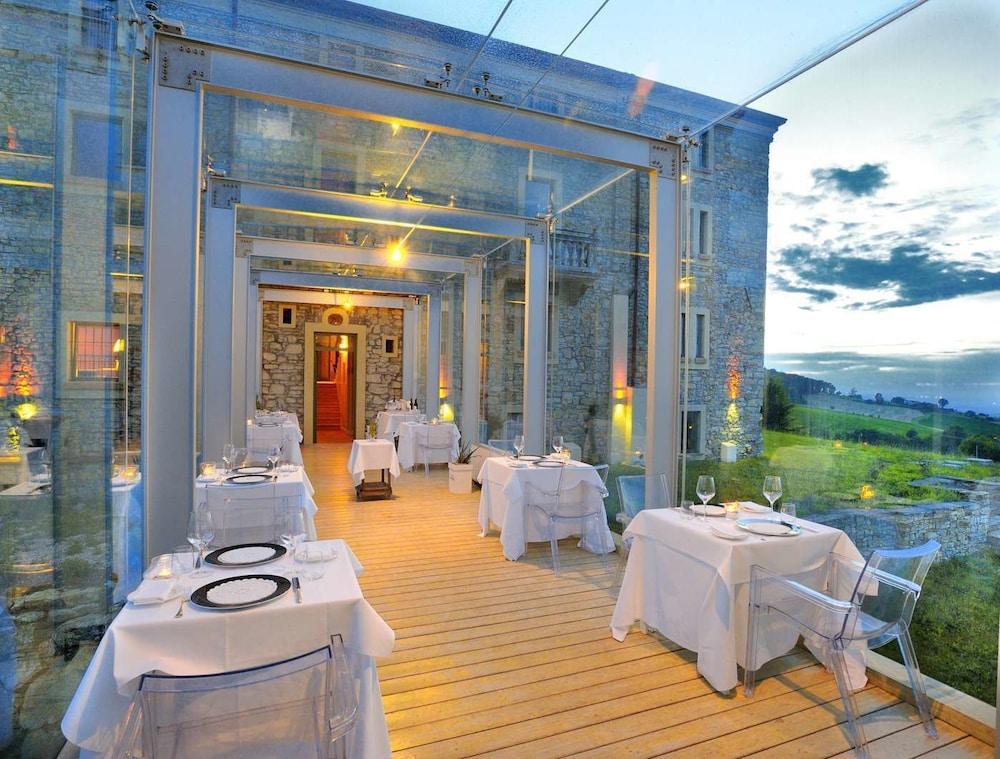 를레 콜롬바라 스파 & 웰니스(Relais Colombara Spa & Wellness) Hotel Image 80 - Restaurant