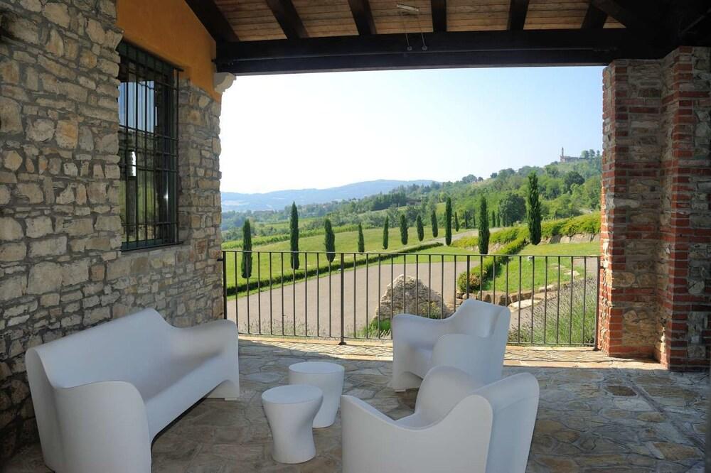 를레 콜롬바라 스파 & 웰니스(Relais Colombara Spa & Wellness) Hotel Image 140 - View from Hotel