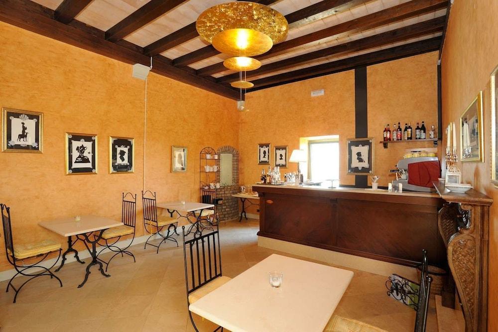를레 콜롬바라 스파 & 웰니스(Relais Colombara Spa & Wellness) Hotel Image 90 - Hotel Bar