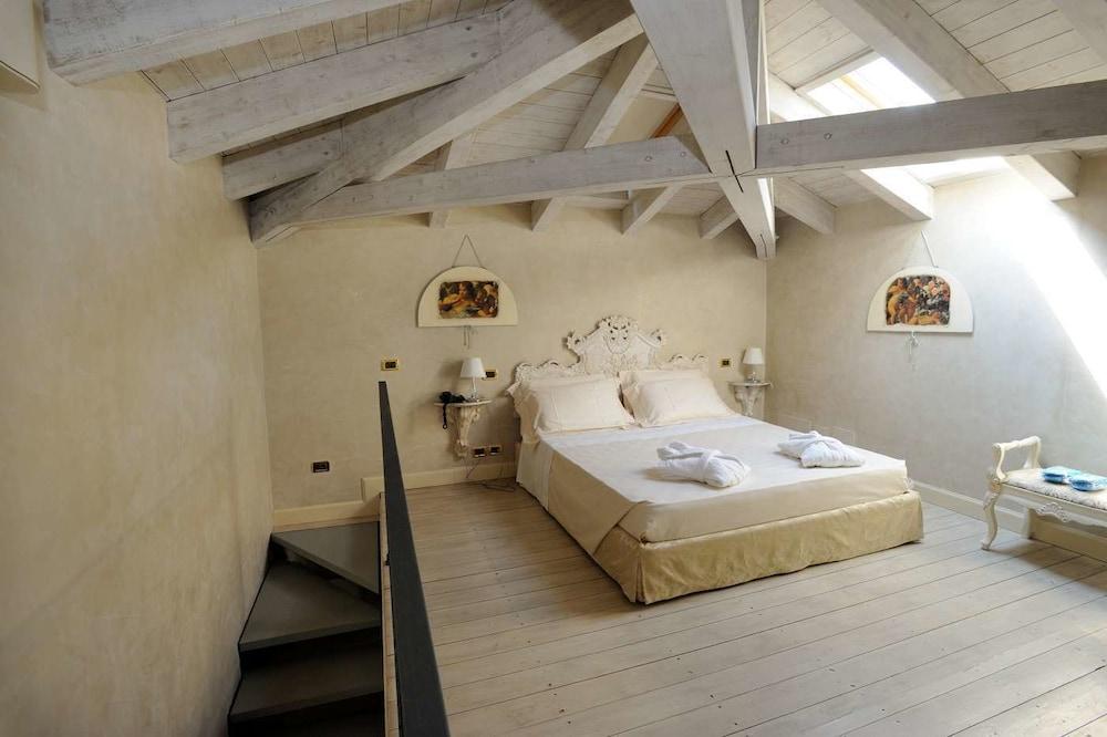 를레 콜롬바라 스파 & 웰니스(Relais Colombara Spa & Wellness) Hotel Image 21 - Guestroom