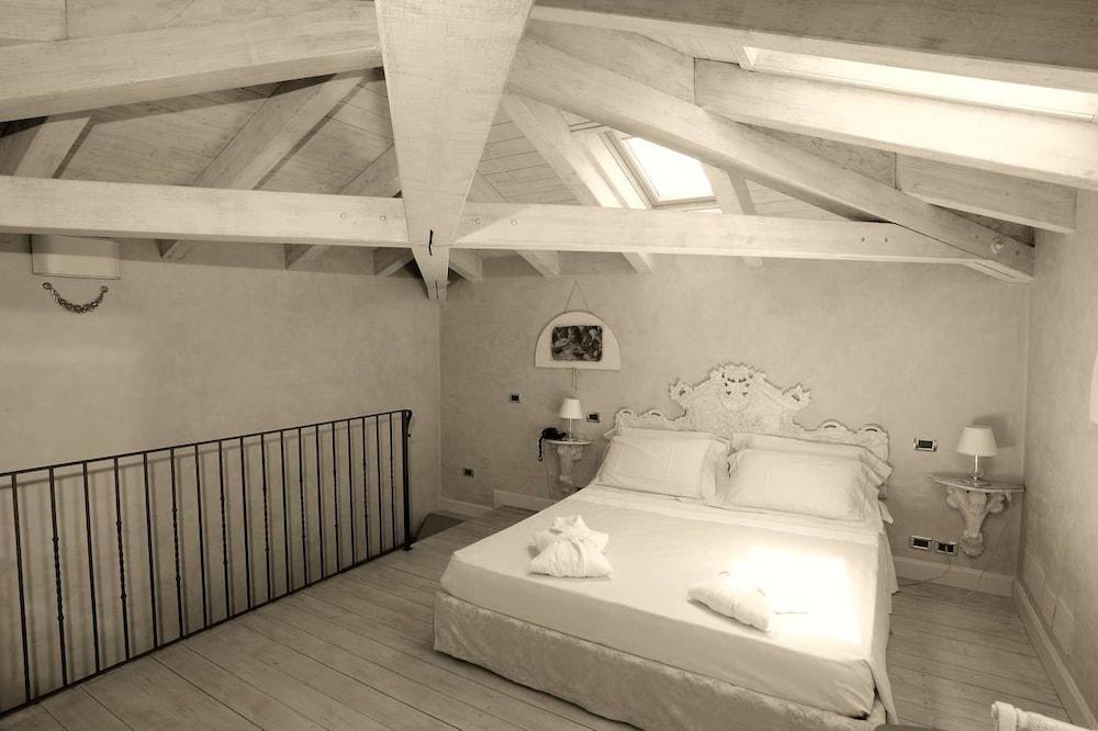 를레 콜롬바라 스파 & 웰니스(Relais Colombara Spa & Wellness) Hotel Image 22 - Guestroom