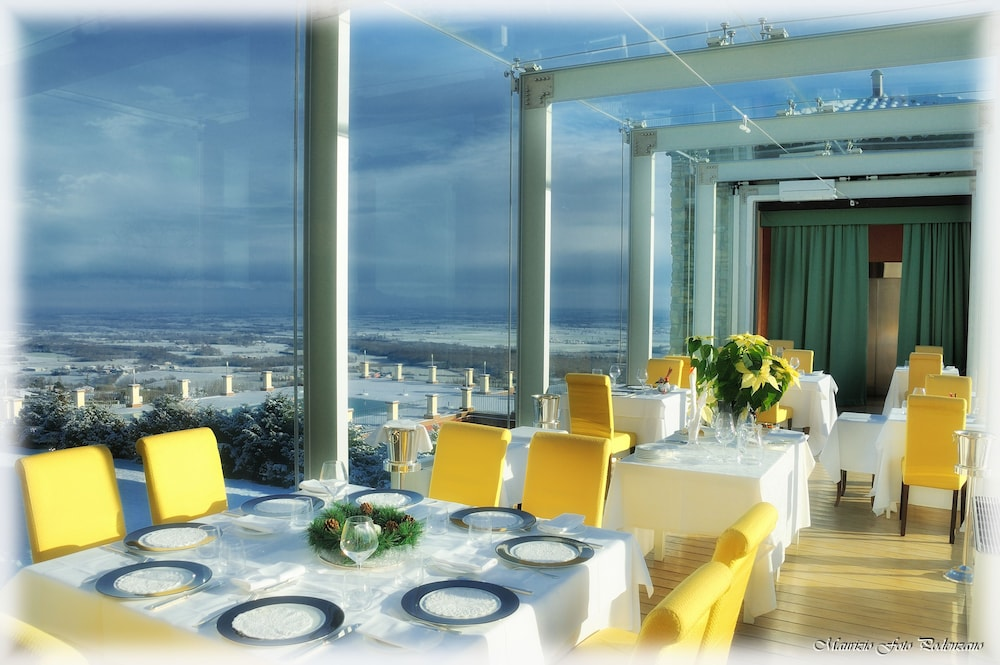 를레 콜롬바라 스파 & 웰니스(Relais Colombara Spa & Wellness) Hotel Image 81 - Restaurant