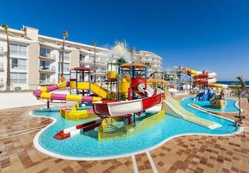Globales Playa Estepona trip planner