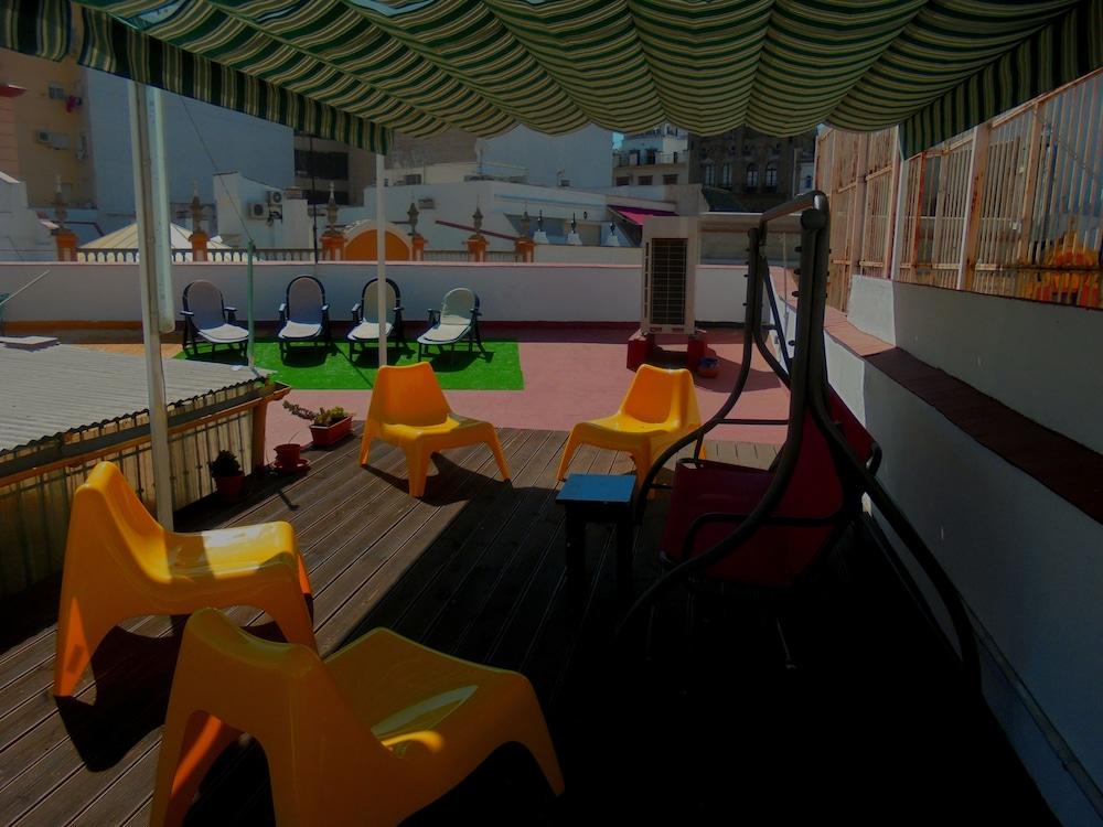 펜션 누에보 피노(Pension Nuevo Pino) Hotel Image 61 - Outdoor Dining