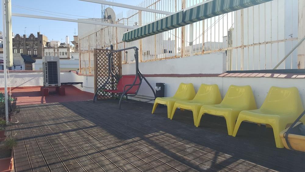 펜션 누에보 피노(Pension Nuevo Pino) Hotel Image 4 - Exterior