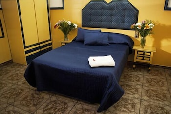 펜션 누에보 피노(Pension Nuevo Pino) Hotel Image 6 - Guestroom