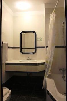 펜션 누에보 피노(Pension Nuevo Pino) Hotel Image 42 - Bathroom