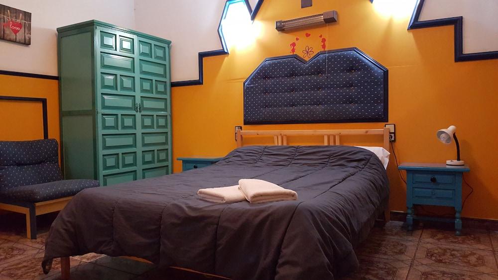 펜션 누에보 피노(Pension Nuevo Pino) Hotel Image 0 - Featured Image