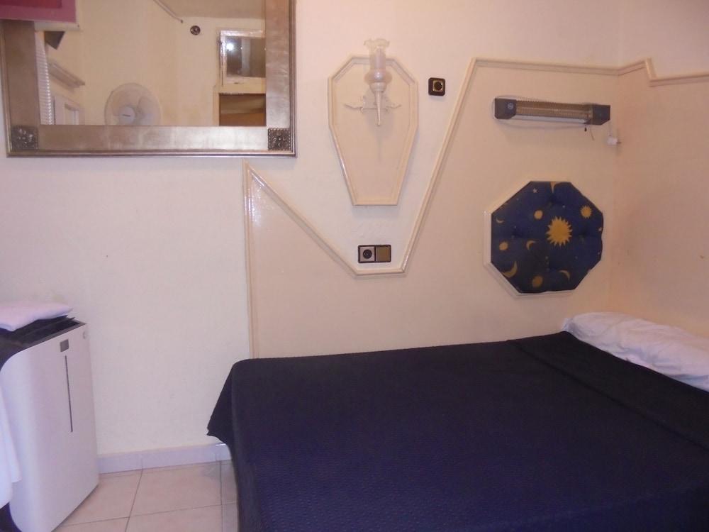 펜션 누에보 피노(Pension Nuevo Pino) Hotel Image 28 - Guestroom