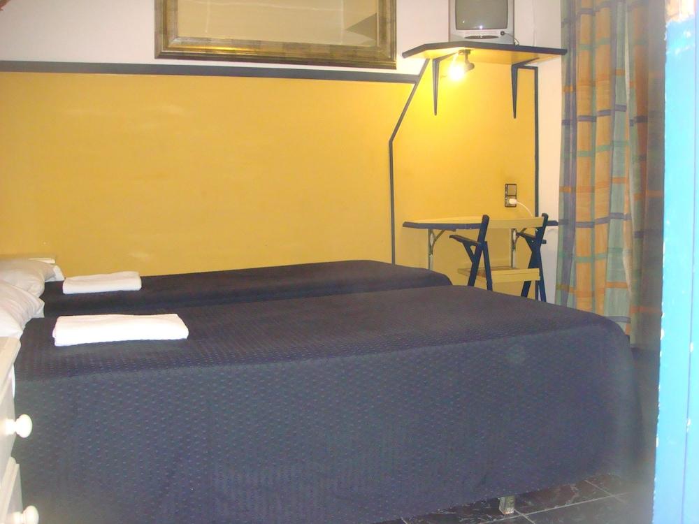 펜션 누에보 피노(Pension Nuevo Pino) Hotel Image 12 - Guestroom