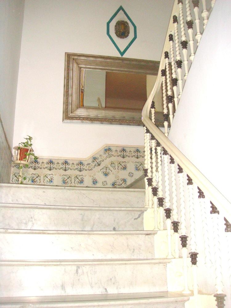 펜션 누에보 피노(Pension Nuevo Pino) Hotel Image 56 - Staircase