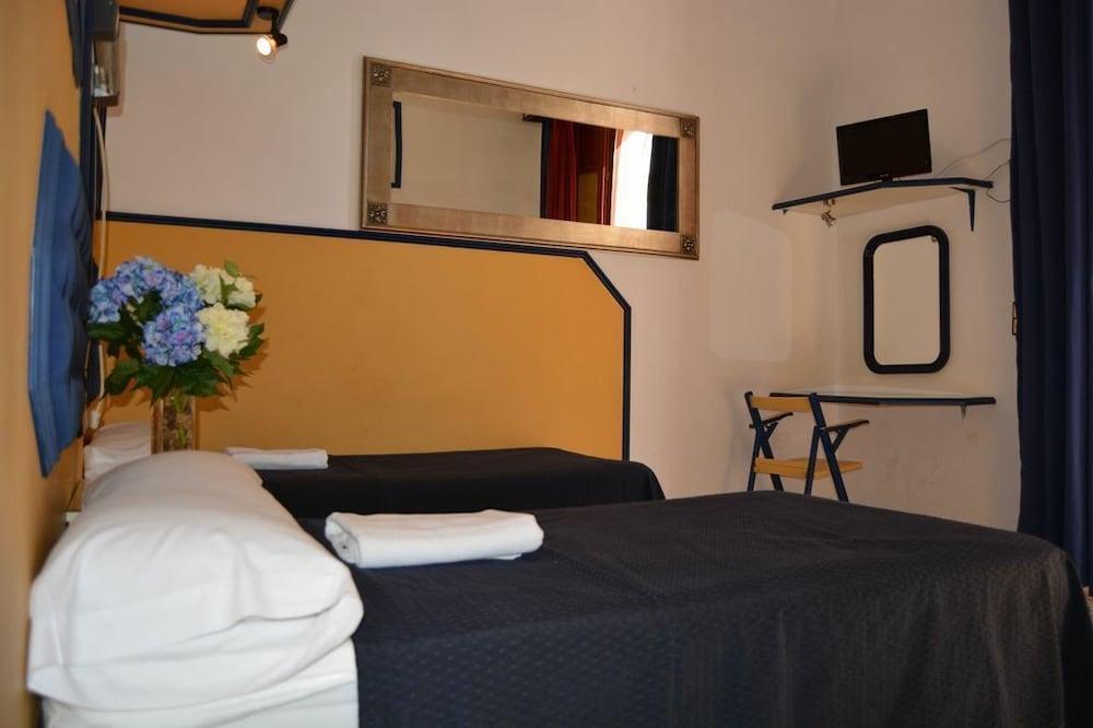 펜션 누에보 피노(Pension Nuevo Pino) Hotel Image 45 - Bathroom