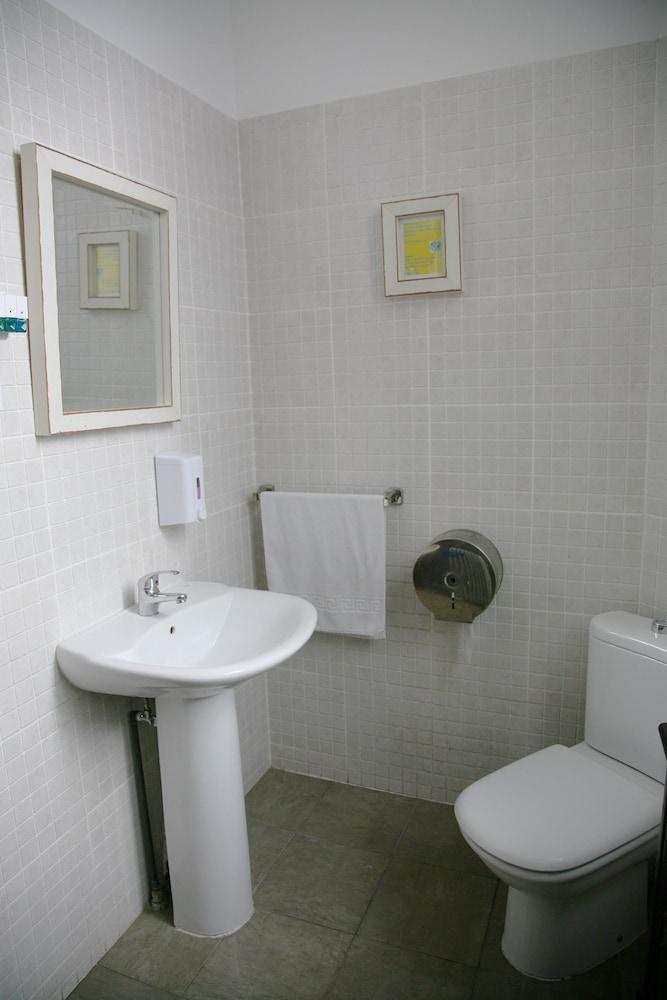 펜션 누에보 피노(Pension Nuevo Pino) Hotel Image 41 - Bathroom