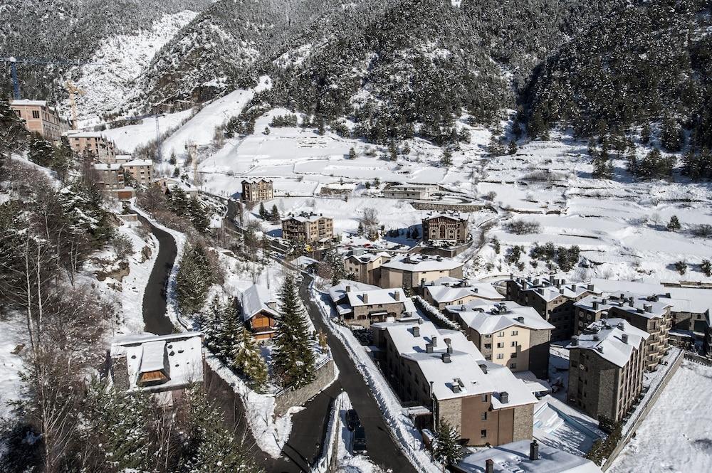 아파르타멘츠 산트 모리츠(Apartaments Sant Moritz) Hotel Image 55 - Aerial View
