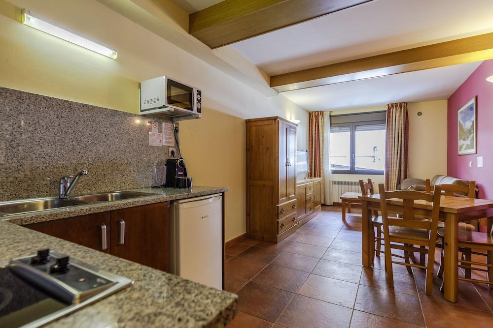 아파르타멘츠 산트 모리츠(Apartaments Sant Moritz) Hotel Image 20 - Living Room