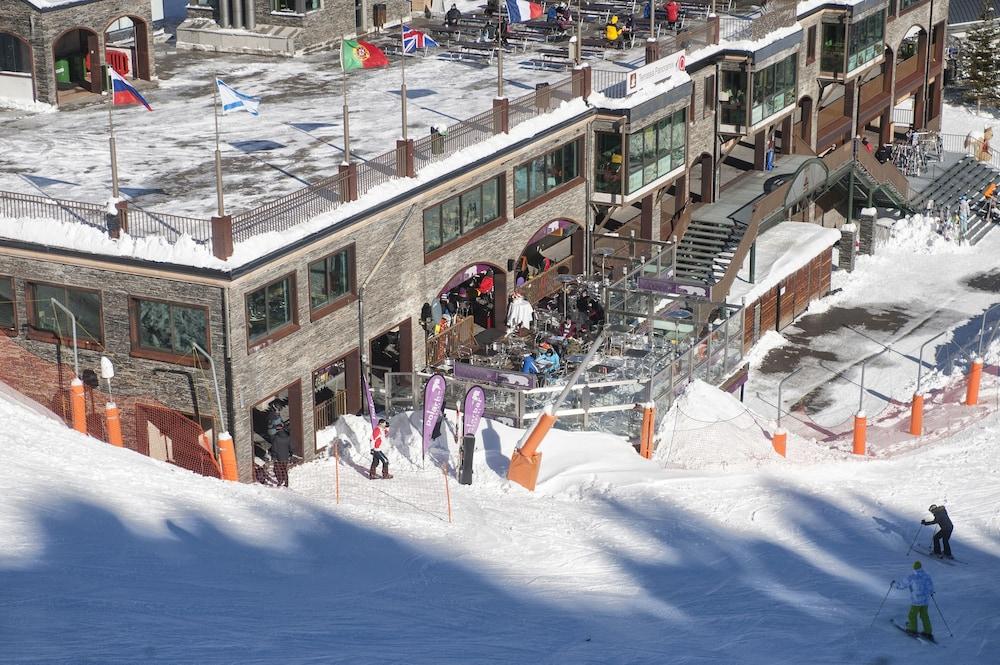 아파르타멘츠 산트 모리츠(Apartaments Sant Moritz) Hotel Image 56 - Aerial View