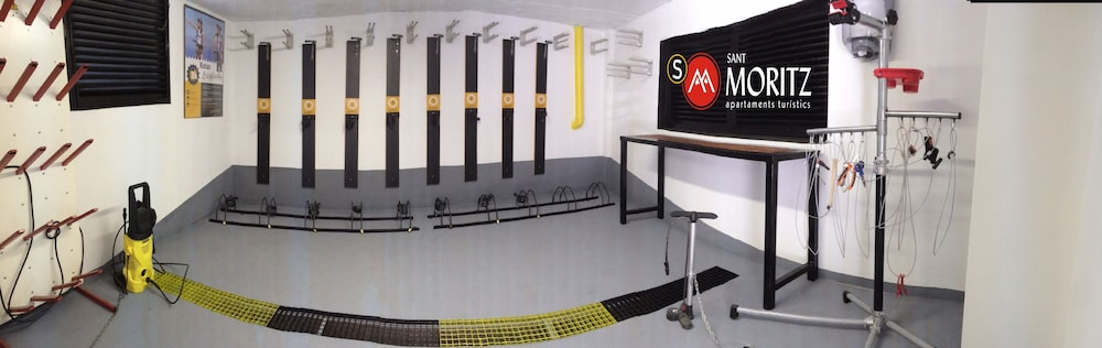 아파르타멘츠 산트 모리츠(Apartaments Sant Moritz) Hotel Image 41 - Equipment Storage
