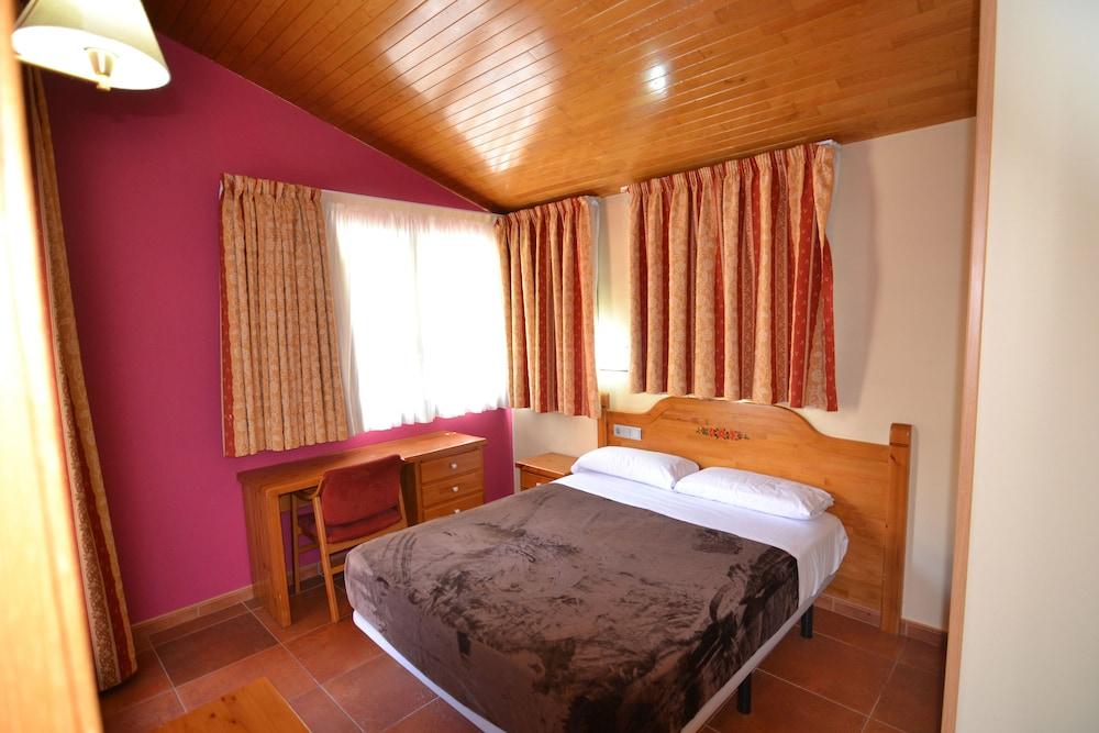 아파르타멘츠 산트 모리츠(Apartaments Sant Moritz) Hotel Image 13 - Guestroom