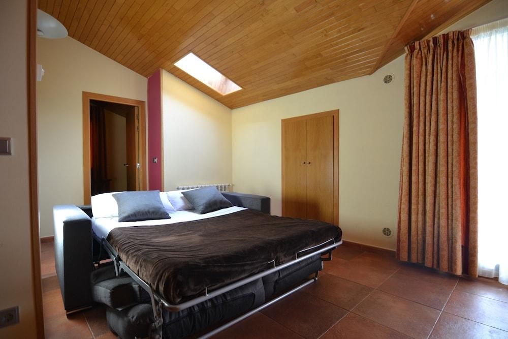 아파르타멘츠 산트 모리츠(Apartaments Sant Moritz) Hotel Image 14 - Guestroom