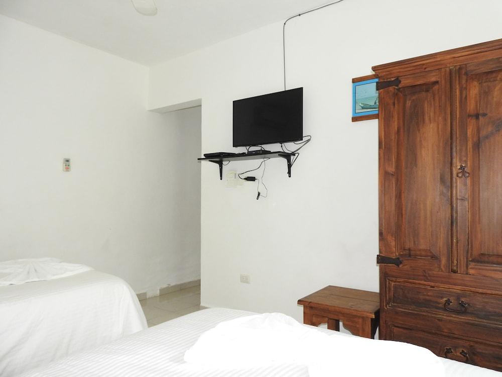 아파트 호텔 카사에히도(Apart hotel Casaejido) Hotel Image 39 - Guestroom