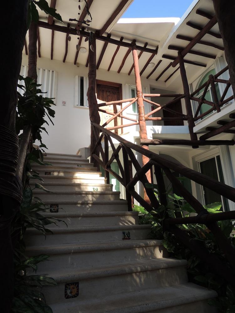 아파트 호텔 카사에히도(Apart hotel Casaejido) Hotel Image 172 - Property Grounds