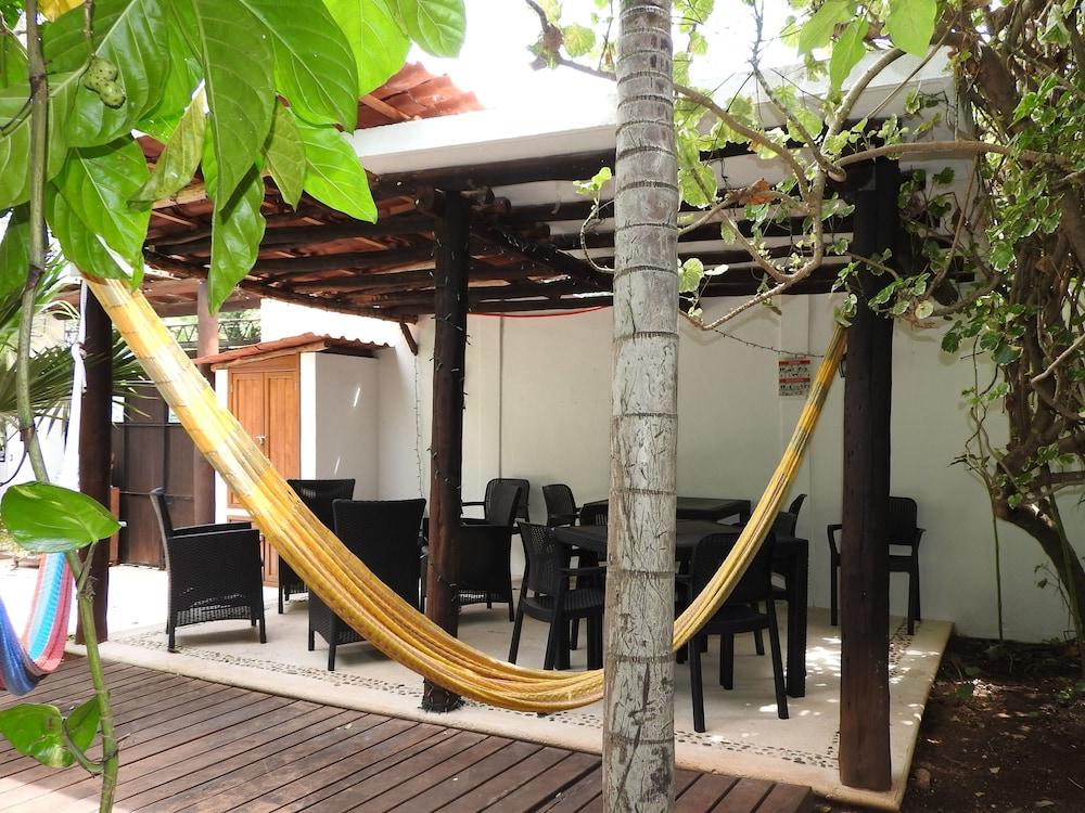 아파트 호텔 카사에히도(Apart hotel Casaejido) Hotel Image 1 - Lobby Sitting Area