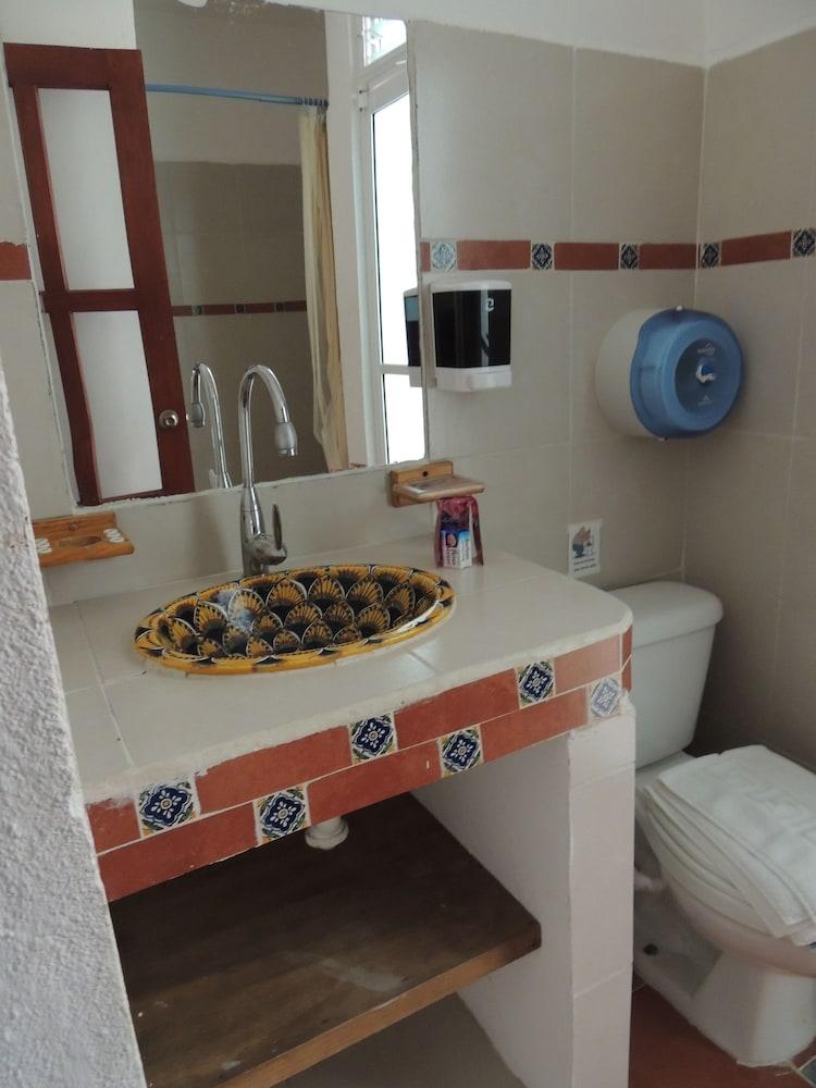 아파트 호텔 카사에히도(Apart hotel Casaejido) Hotel Image 119 - Bathroom