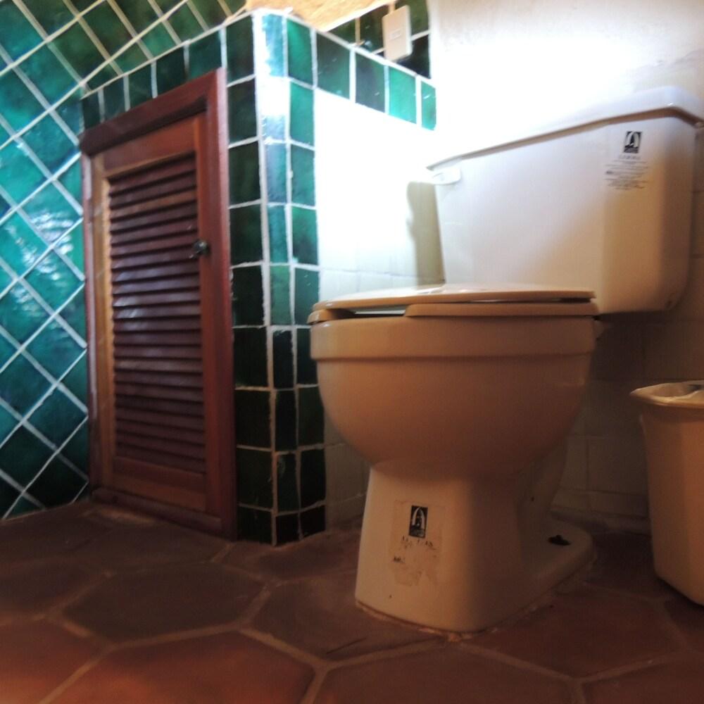 아파트 호텔 카사에히도(Apart hotel Casaejido) Hotel Image 131 - Bathroom