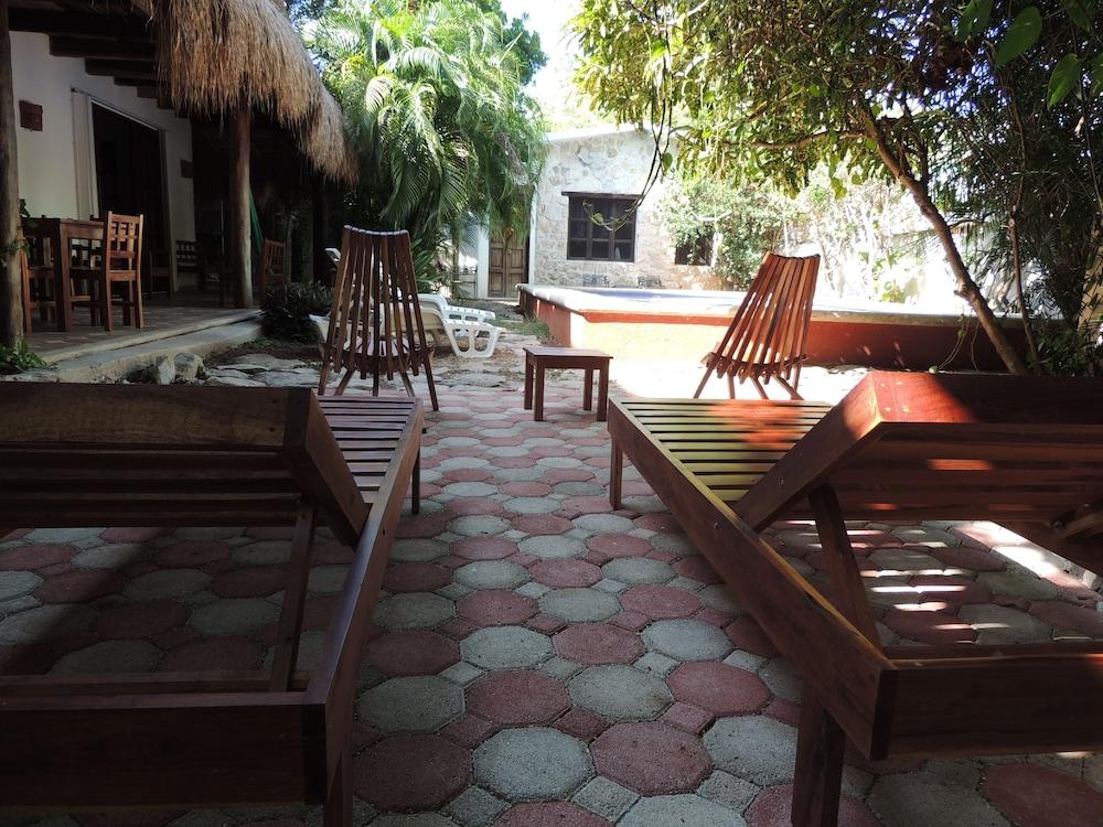 아파트 호텔 카사에히도(Apart hotel Casaejido) Hotel Image 152 - Outdoor Pool