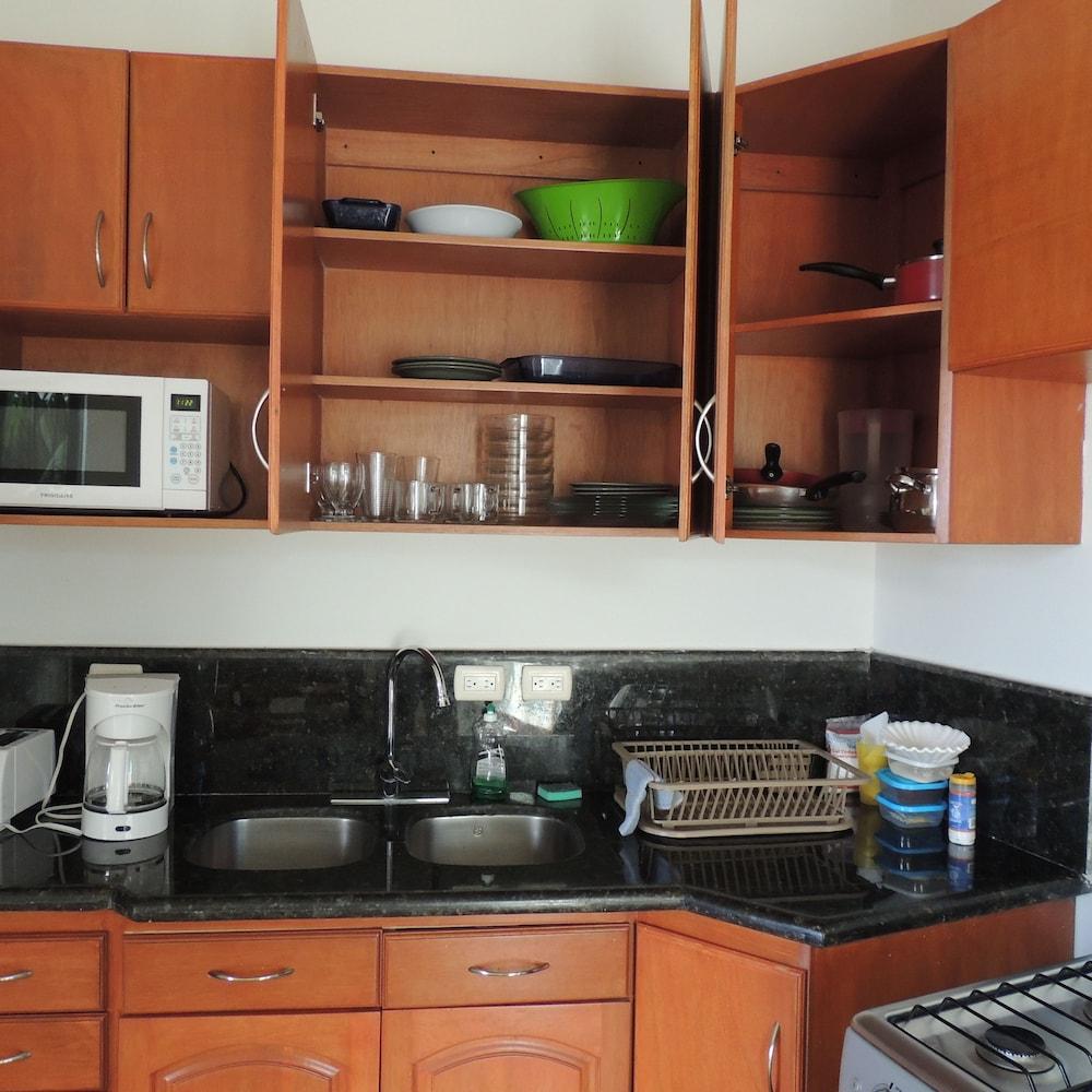 아파트 호텔 카사에히도(Apart hotel Casaejido) Hotel Image 66 - In-Room Kitchen