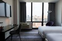 Hotel room image 200107167