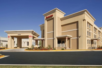 Ramada by Wyndham Tulsa photo