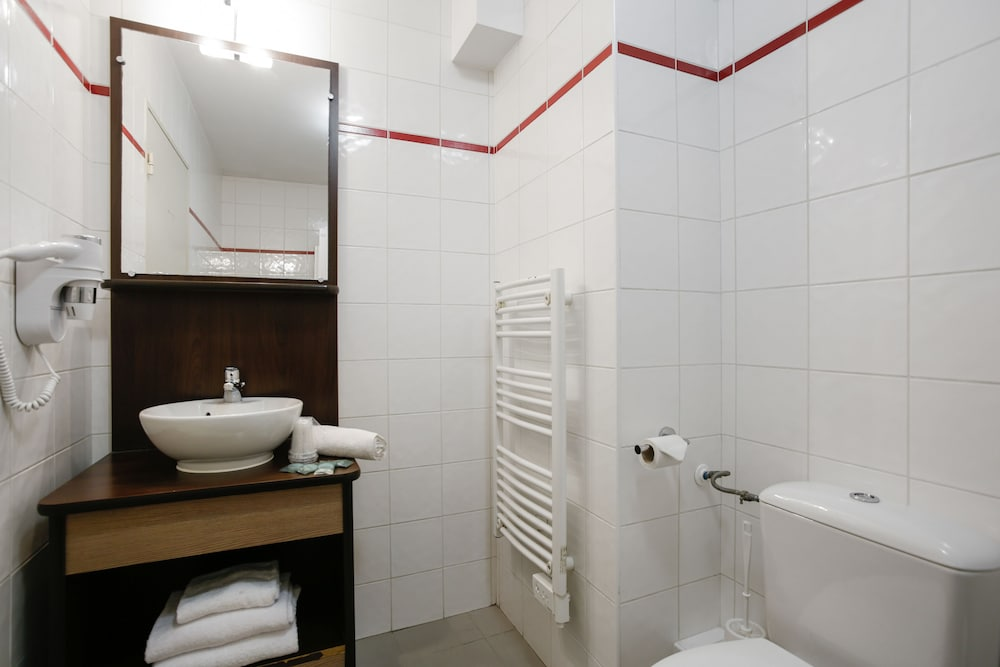 아파트시티 니스 아크로폴리스(Appart'City Nice Acropolis) Hotel Image 32 - Bathroom