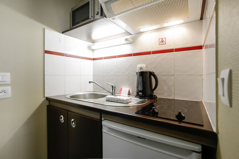 아파트시티 니스 아크로폴리스(Appart'City Nice Acropolis) Hotel Image 25 - In-Room Kitchenette
