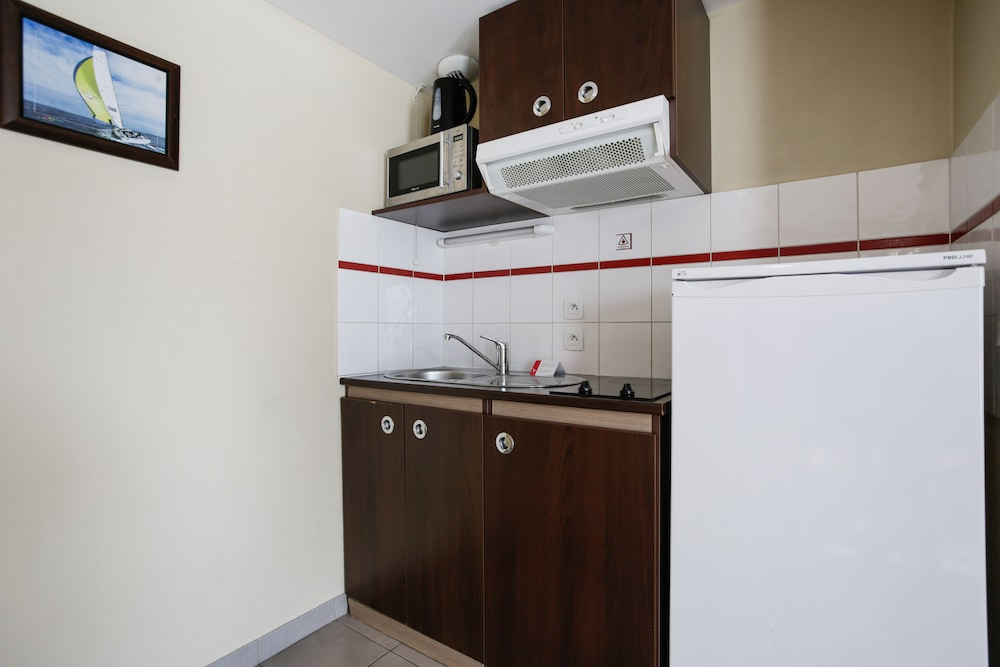 아파트시티 니스 아크로폴리스(Appart'City Nice Acropolis) Hotel Image 26 - In-Room Kitchenette