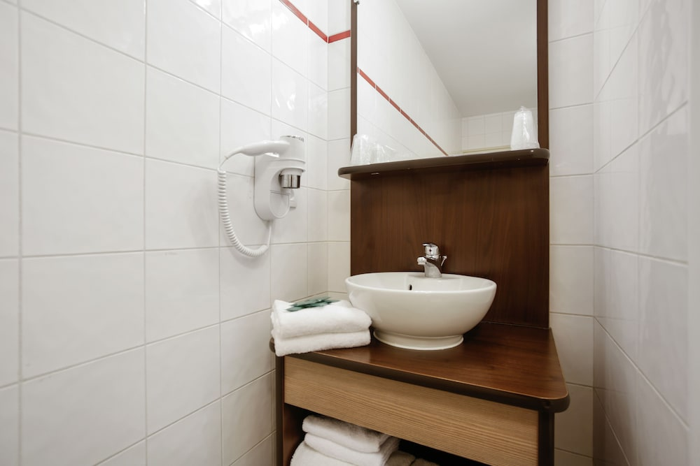 아파트시티 니스 아크로폴리스(Appart'City Nice Acropolis) Hotel Image 36 - Bathroom