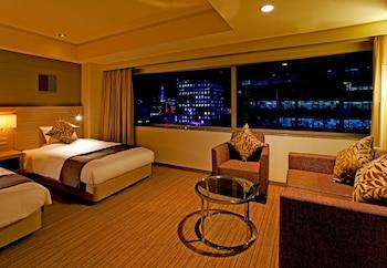 デラックスツイン+ソファベッド 禁煙|センチュリー ロイヤル ホテル