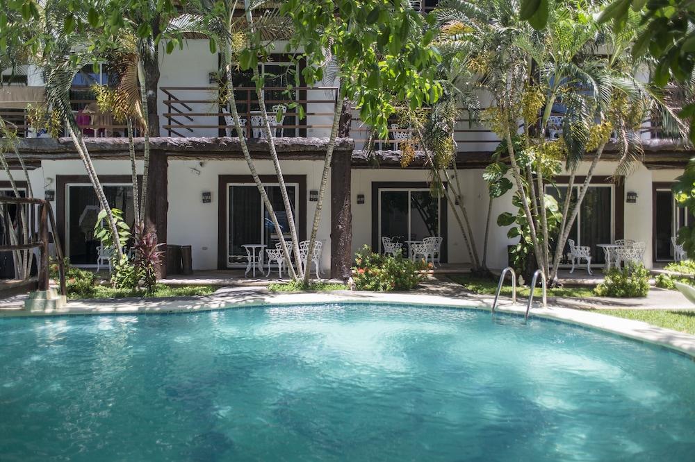 호텔 마야 델 카르멘(Hotel Maya del Carmen) Hotel Image 22 - Outdoor Pool