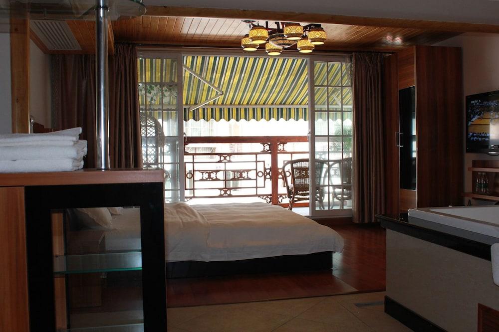 밤부 하우스 리조트(Bamboo House Resort) Hotel Image 8 - Living Room