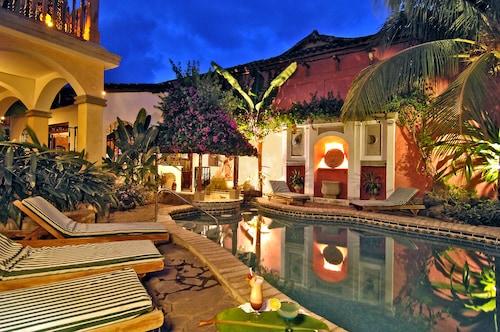 . Hotel Colonial Granada