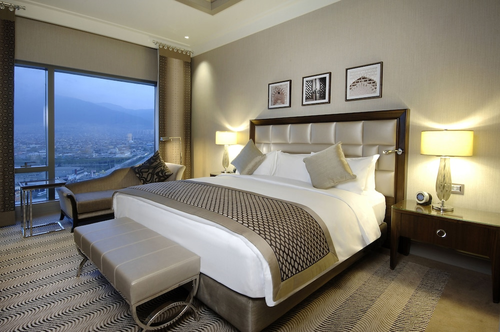 힐튼 부르사 컨벤션 센터 & 스파(Hilton Bursa Convention Center & Spa) Hotel Image 53 - Guestroom