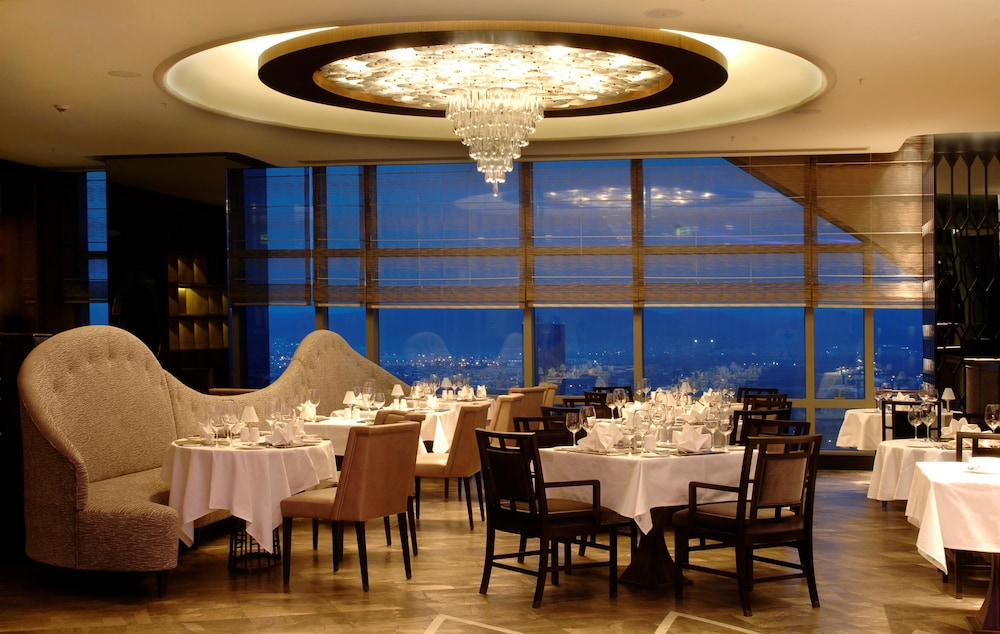 힐튼 부르사 컨벤션 센터 & 스파(Hilton Bursa Convention Center & Spa) Hotel Image 94 - Restaurant
