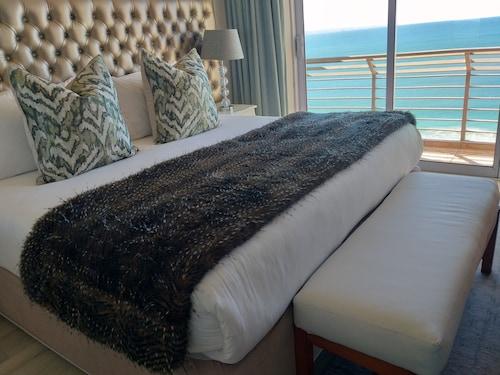 . Diaz Hotel & Resort
