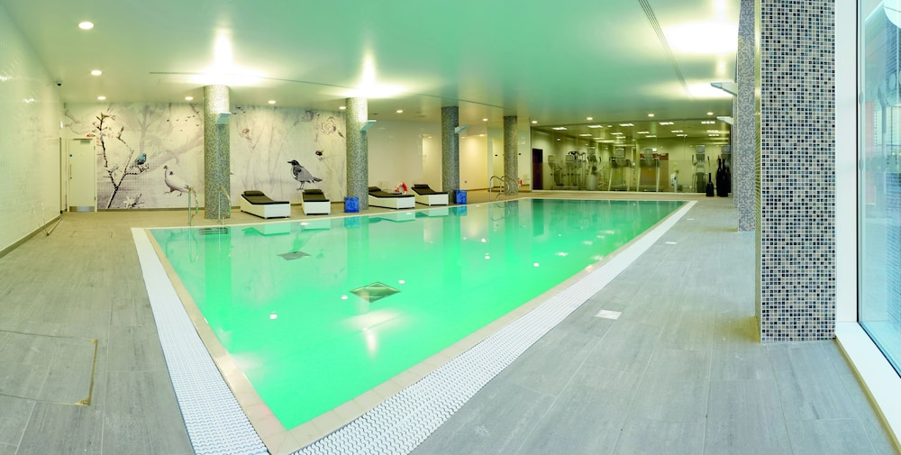 래디슨 블루 호텔 이스트 미드랜즈 에어포트(Radisson Blu Hotel East Midlands Airport) Hotel Image 22 - Indoor Pool